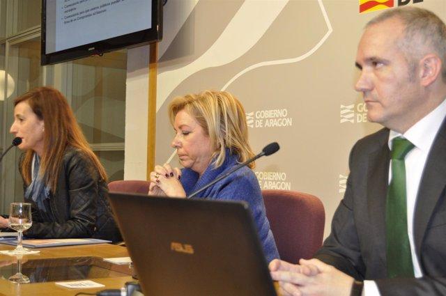 La consejera de Educación del Gobierno de Aragón, Dolores Serrat.