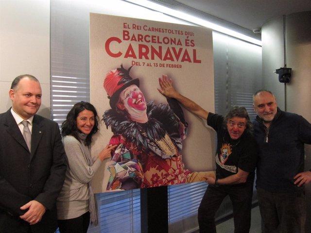 Agustí y Poltrona junto a otros de los organizadores del Carnaval de Barcelona