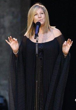 La actriz y cantante Barbra Streisand