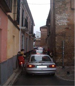Ejemplo de calle que incumple la normativa de accesibilidad