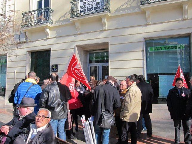 Concentración de trabajadores de Bankia en Granada