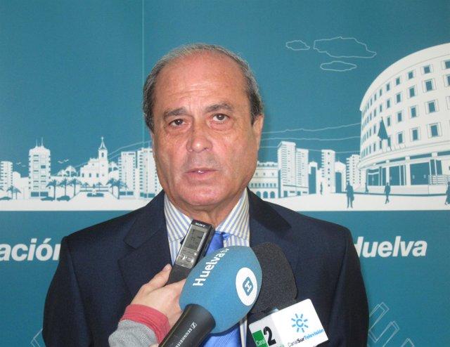 El presidente de la FOE, Antonio Ponce, en rueda de prensa.