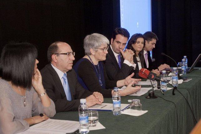 Armendáriz, Herreros, Goicoechea, el consejero Alli, García y Oto.