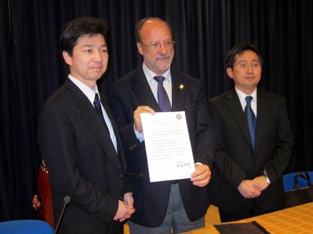 De la Riva durante la inauguración de las jornadas dedicadas a Japón