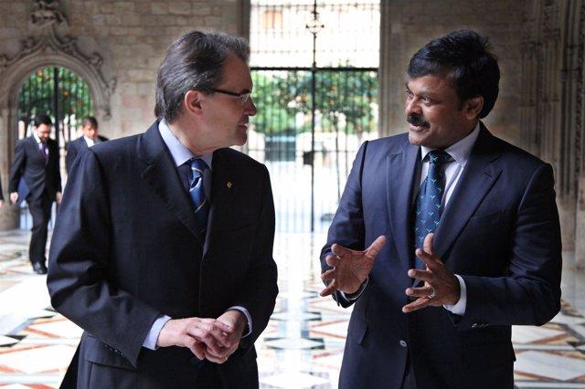 Mas se reúne  con el ministro de Turismo de la India