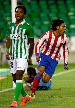 Nosa Igiebor (Real Betis),Falcao (Atletico De Madrid)