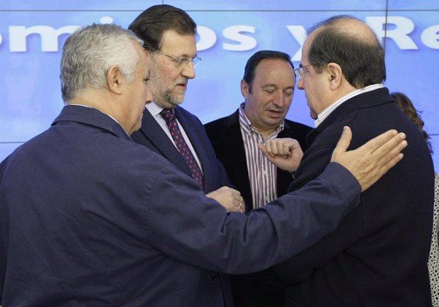 Juan Vicente Herrera Saluda A Rajoy En Génova