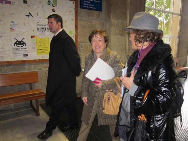 Pilar Farjas y el delegado del Gobeirno en Galicia, Samuel Juarez