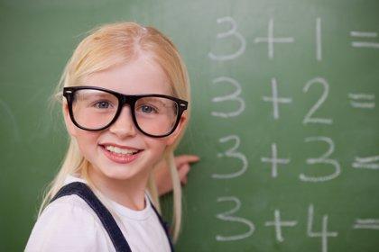 Profesores de la UPCT y la Politécnica de Madrid publican una guía para enseñar matemáticas a los hijos