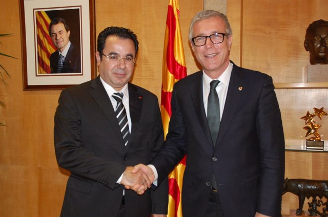 El alcalde de Tarragona Josep Félix Ballesteros recibe al de Tánger