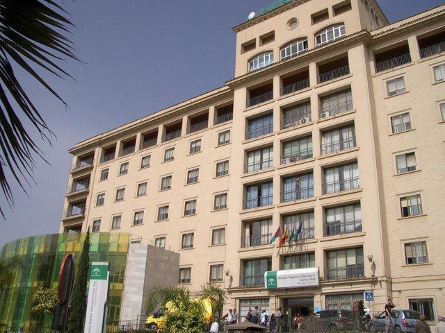 Fachada Del Hospital Regional Carlos Haya De Málaga
