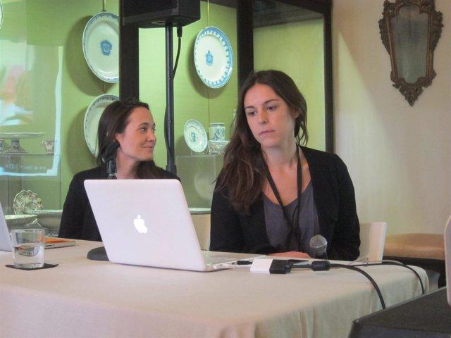 Dos de las impulsoras de trip4real durante la presentación del proyecto