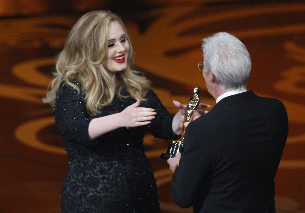 Adele recoge Oscar