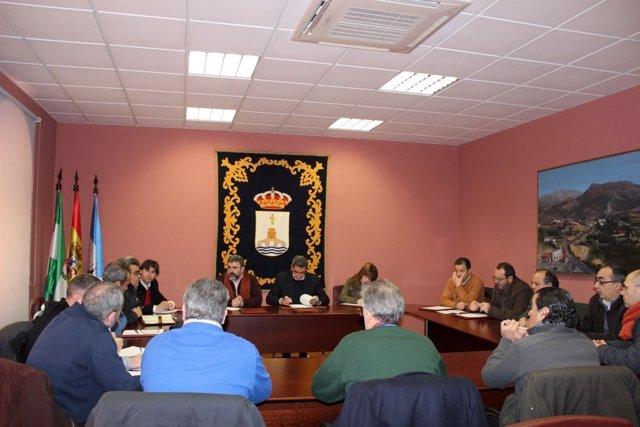 Trabajadores de SBB se reunen con el alcalde de Alcalá de Guadaíra (Sevilla)