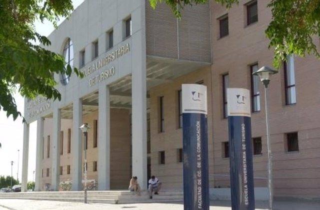 Facultad de Ciencias de la Comunicación