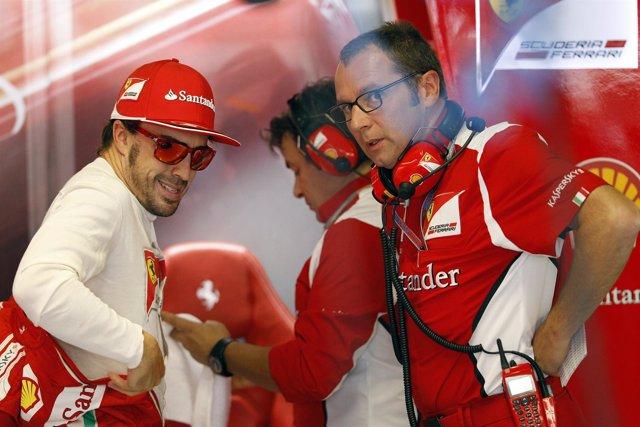 Fernando Alonso y Stefano Domenicali (Ferrari)