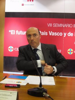Carlos Urquijo