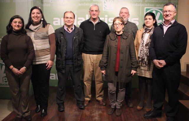 Antonio Jesús Ruiz, en el centro, este martes
