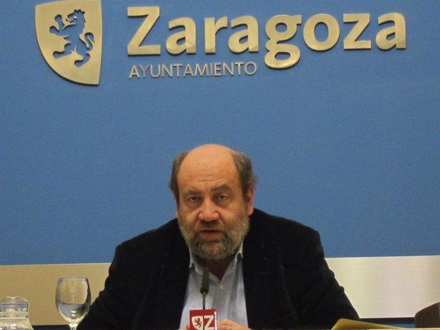 El portavoz del grupo municipal de IU, José Manuel Alonso