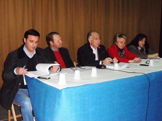 Gabriel Amat (PP) se reúne en Rágol