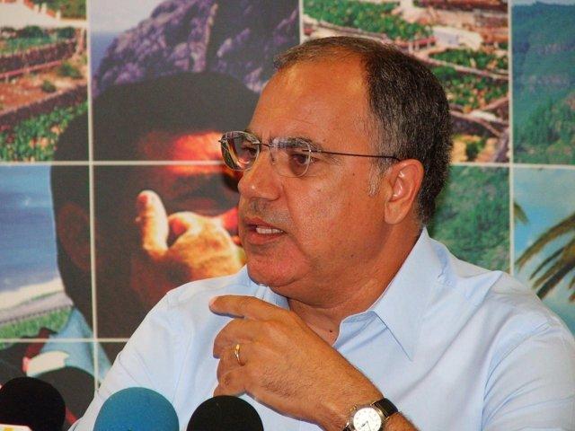 Presidente Del Cabildo De La Gomera, Casimiro Curbelo