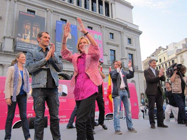 Toni Cantó Y Rosa Díez En Un Acto De Campaña De Upyd
