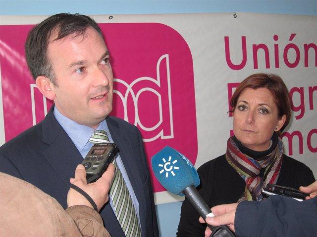 Herrán y Rodríguez (UPyD), en declaraciones a los medios en Almería