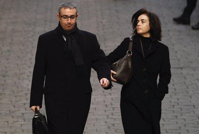 Diego Torres y su mujer acuden a declarar al juzgado