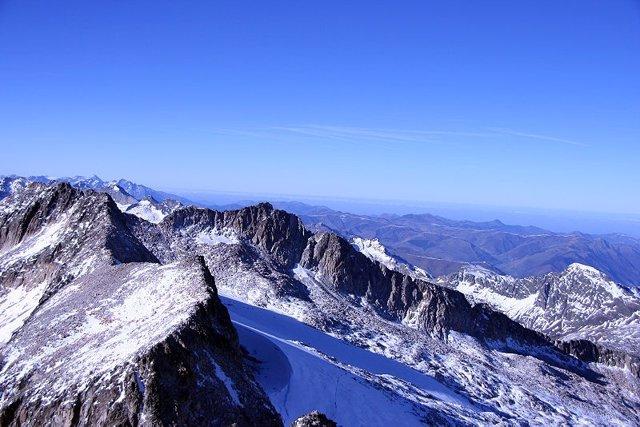 Glaciar del Aneto