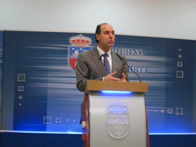 Diego en la rueda de prensa