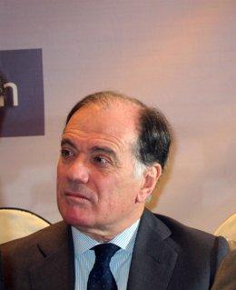 El Consejero De Economía Y Empleo, Tomás Villanueva