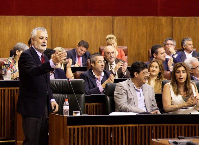 El presidente de la Junta, José Antonio Griñán, en el Pleno de Andalucía