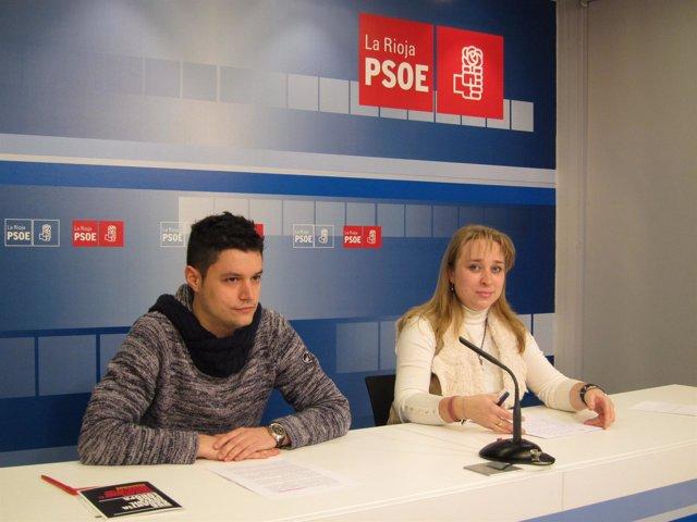 Manuela Galdámez, diputada PSOE y Raúl Díaz, secretario general JSR