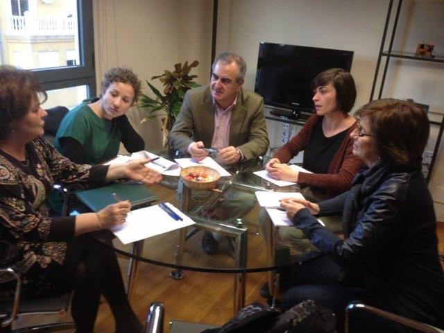 Tovar, Rosique, Marzal y representantes del Colegio de Trabajo Social