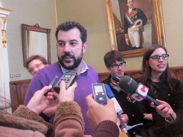 El concejal de Santiago Francisco Noya sobre facturas falsas