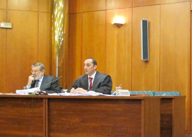 Los abogados de la defensa en el juicio de Mercasantander