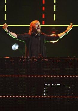 El Dj Francés David Guetta En Una De Sus Actuaciones