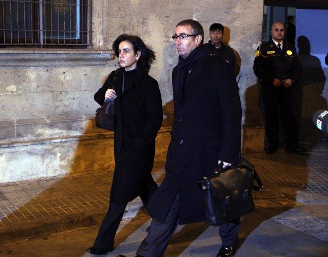 Diego Torres y su mujer abandonan los juzgados de Palma tras declarar