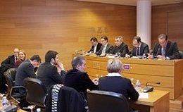Castellano durante la comisión en las Corts