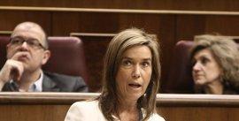 La oposición critica el deterioro del SNS causado por las reformas de Mato, y PSOE e IU piden su dimisión