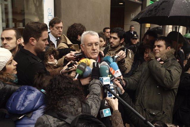 Cayo Lara presenta querella criminal por el caso Bárcenas