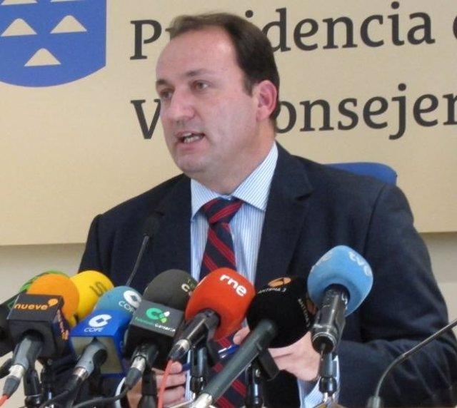 El viceconsejero de Turismo de Canarias, Ricardo Fernández de la Puente Armas