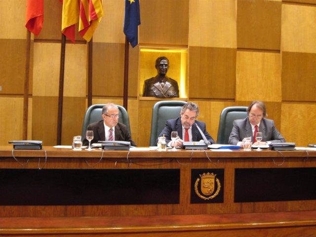 Gimeno, Belloch y Pérez Anadón, en el pleno de hoy