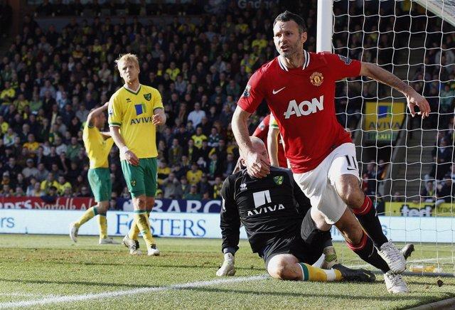 Ryan Giggs renueva con el Manchester United hasta 2014Ryan Giggs 2013 2014