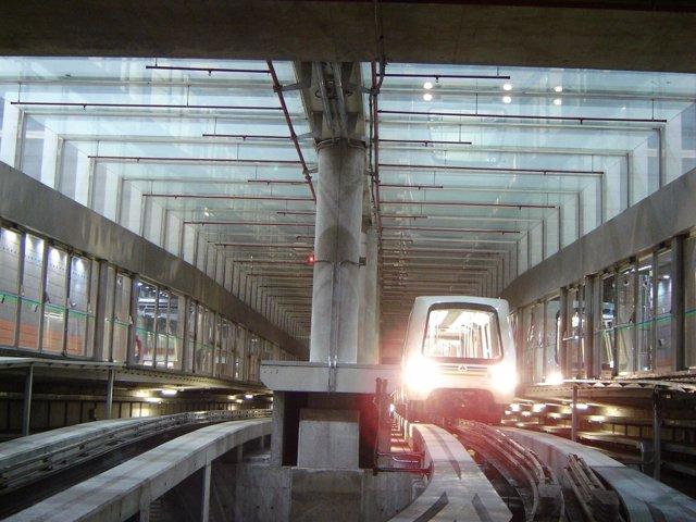 Tren en la T4