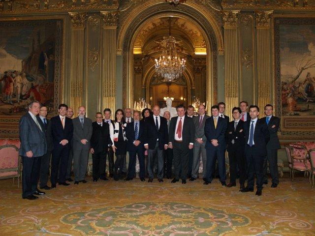 B.Sabadell en una recepción en la embajada española en París