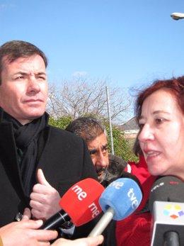 Gómez en una visita al CEIP Núñez de Balboa