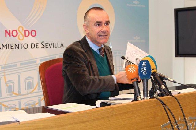 Antonio Muñoz.