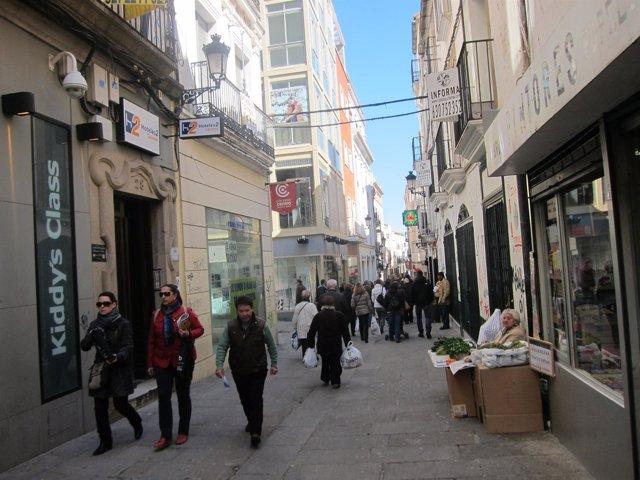 Calle Pintores, Una De Las Vías Comerciales De Cáceres