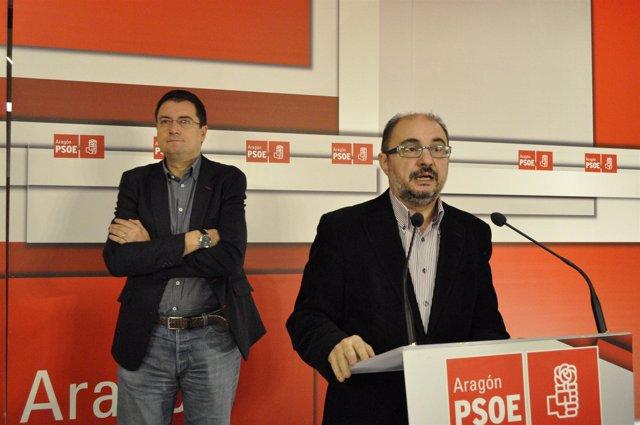 Javier Lambán (PSOE-Aragón) y el secretario de Organización, Óscar López.